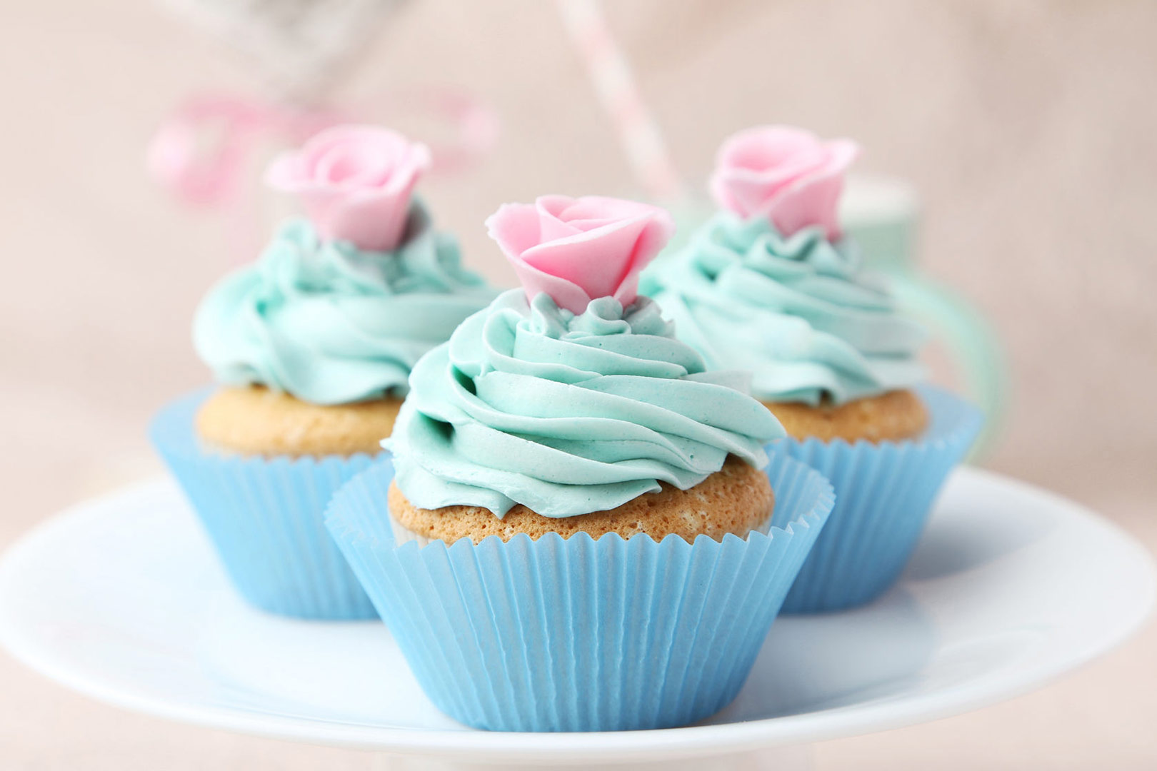 Vintage-Cupcakes-Shabby-Chic