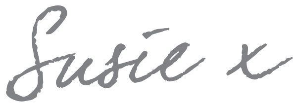signature-of-susie-the-writer-of-the-blog-in-grey-handwriting-with-a-kiss