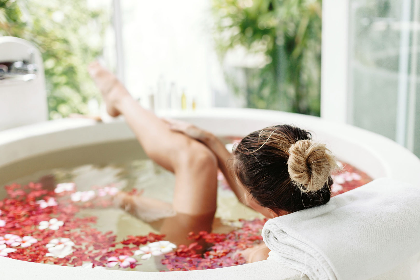 image-of-woman-in-a-bath-with-flowers